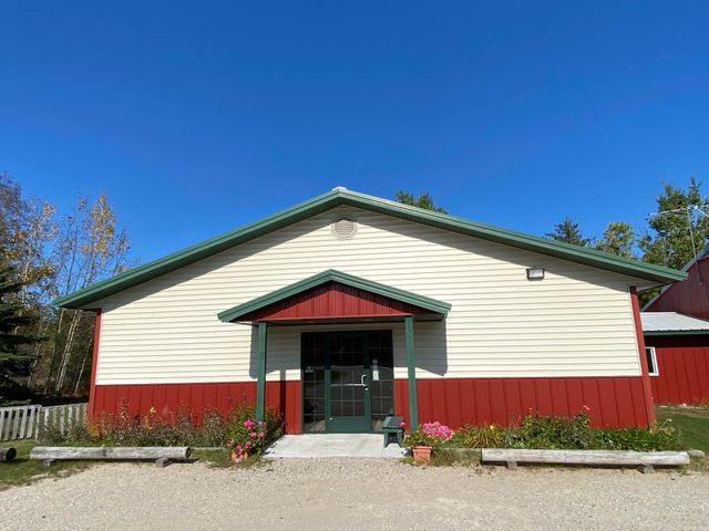 Great Location with over 4000 sq ft of commercial space