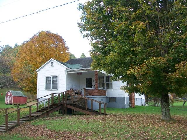 391 McKees Creek Rd, Summersville, WV 26651