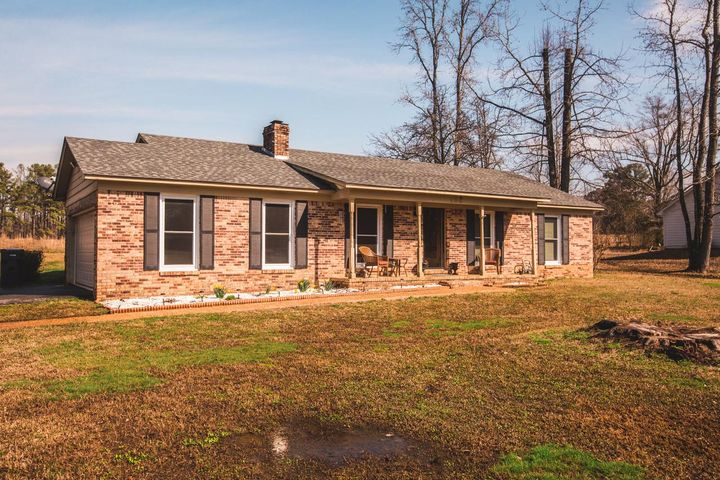 108 Deerpath, Corinth, MS 38834