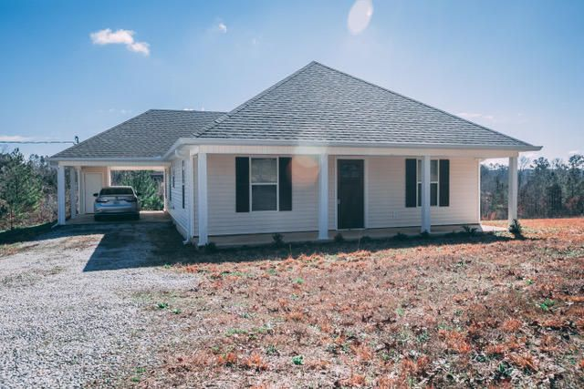 106 CR 325, Corinth, MS 38834