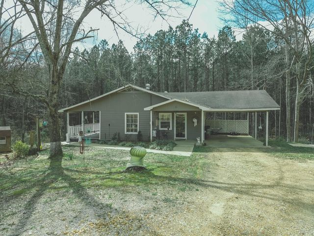 25 Co Rd 467, Rienzi, MS 38865