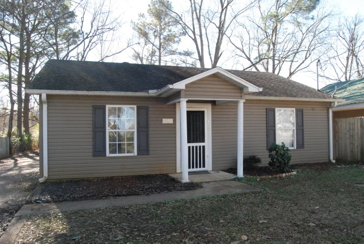 1706 Bunch Street, Corinth, MS 38834