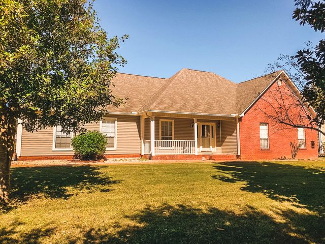 2 County Rd 130, Corinth, MS 38834