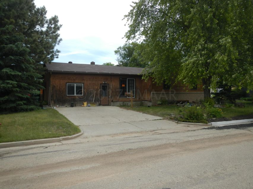 1338 SW 10TH Street, Valley City, ND 58072