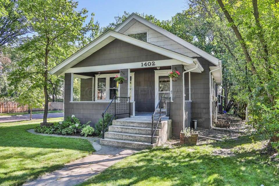 1402 S 7 Street, Fargo, ND 58103