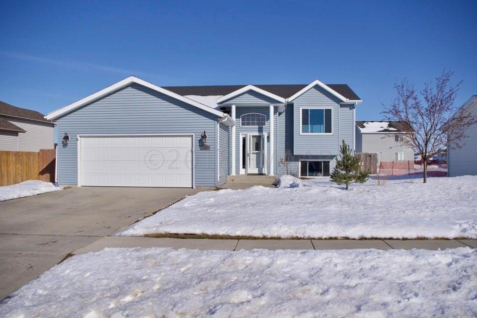 3409 8 Th Street W, West Fargo, ND - USA (photo 1)