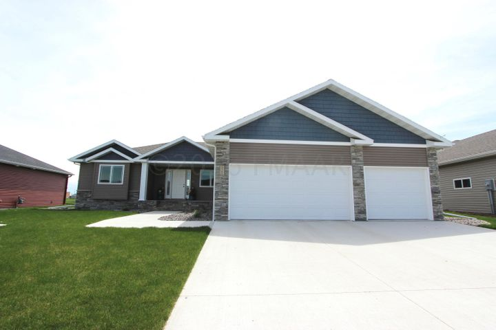 3785 BELL Boulevard E, West Fargo, ND 58078