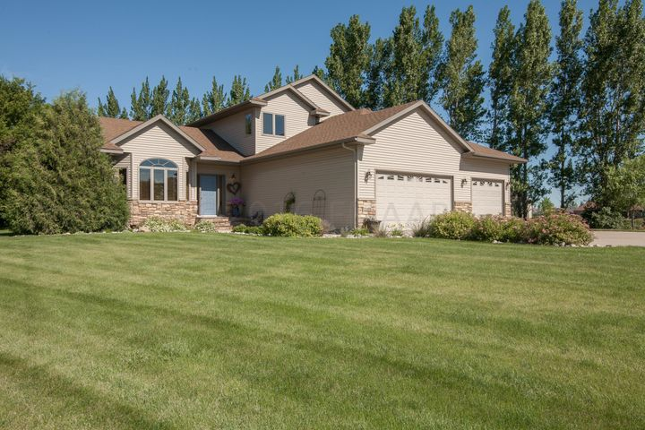 4609 2 Street E, West Fargo, ND 58078