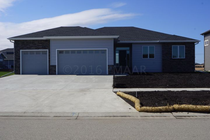 631 47 Avenue W, West Fargo, ND 58078