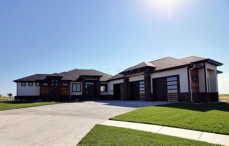 1069 49 TERRACE W, West Fargo, ND 58078