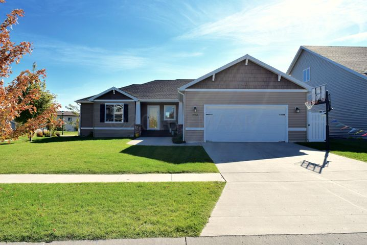 3463 Loberg Drive, West Fargo, ND 58078