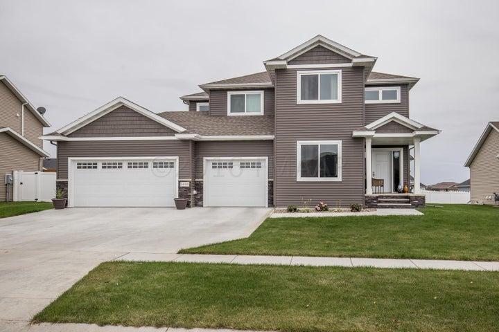 3008 7 Street E, West Fargo, ND 58078