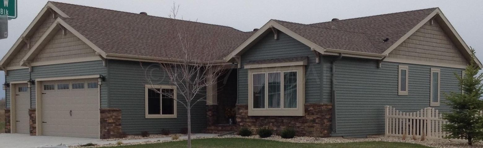 4722 LILAC Drive, West Fargo, ND 58078