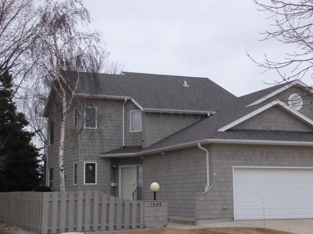 1349 EAST ROSE CREEK Parkway S, Fargo, ND 58104