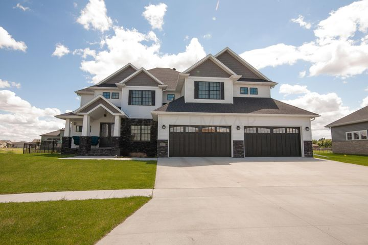 2806 1ST Street E, West Fargo, ND 58078