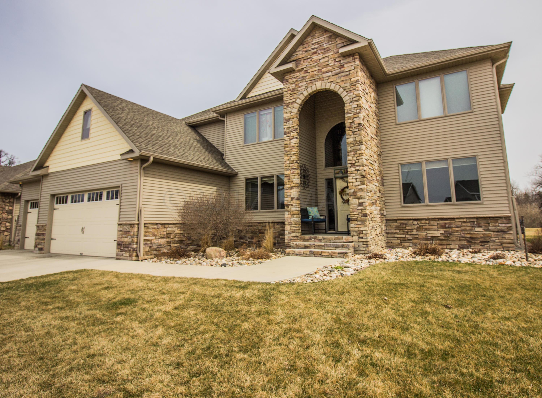 3629 HIDDEN Circle, West Fargo, ND 58078