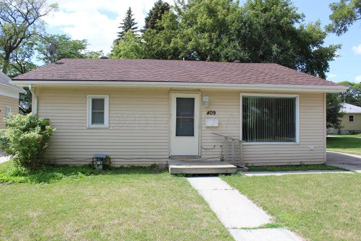 409 12TH Street S, Moorhead, MN 56560
