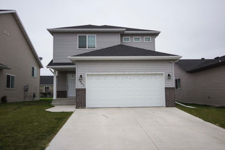 6087 56TH Avenue S, Fargo, ND 58104