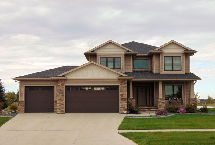 324 36TH Avenue E, West Fargo, ND 58078