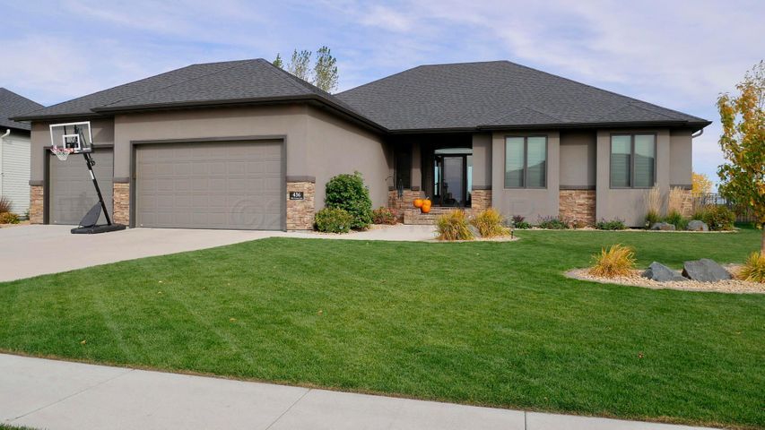 436 35TH Avenue E, West Fargo, ND 58078