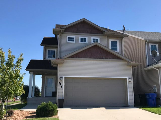 3812 48TH Street S, Fargo, ND 58104