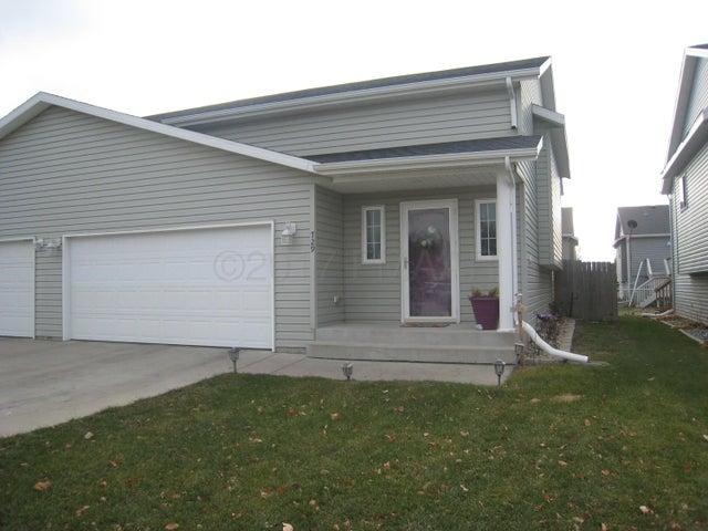 729 13 1/2 Avenue E, West Fargo, ND 58078