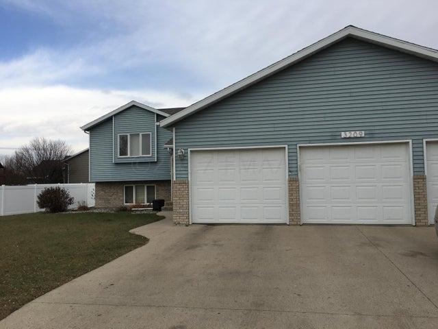 3209 26 Avenue S, Fargo, ND 58103