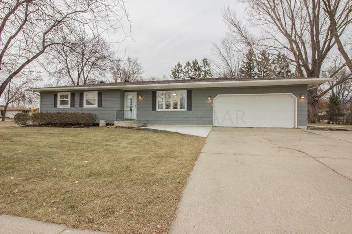 1115 30 Avenue S, Fargo, ND 58103