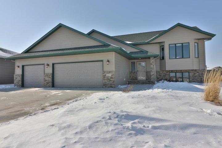 6805 23 Street S, Fargo, ND 58104