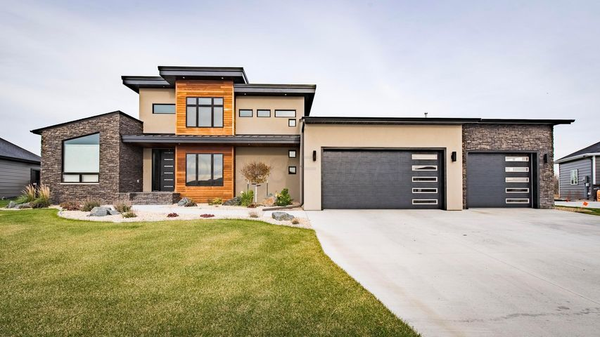 4773 LILAC Drive, West Fargo, ND 58078