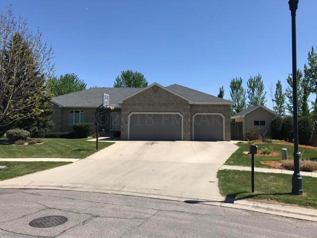5014 MEADOW CREEK Drive S, Fargo, ND 58104