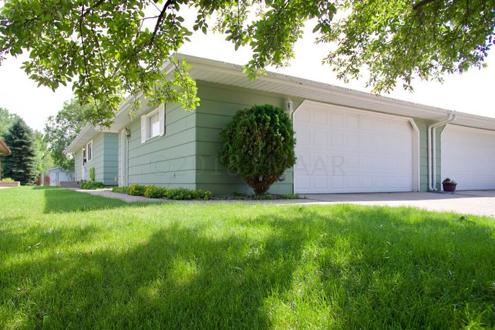 1317 34TH Avenue S, Moorhead, MN 56560