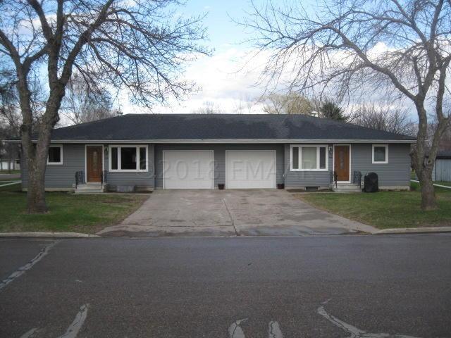 506-508 3RD Street SE, Hillsboro, ND 58045