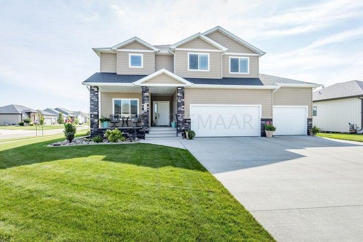 3813 3 Street E, West Fargo, ND 58078