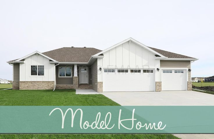 6351 DEER CREEK Parkway S, Fargo, ND 58104