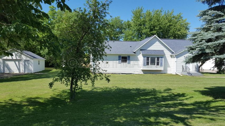 102 COTTAGE Avenue W, Ulen, MN 56585