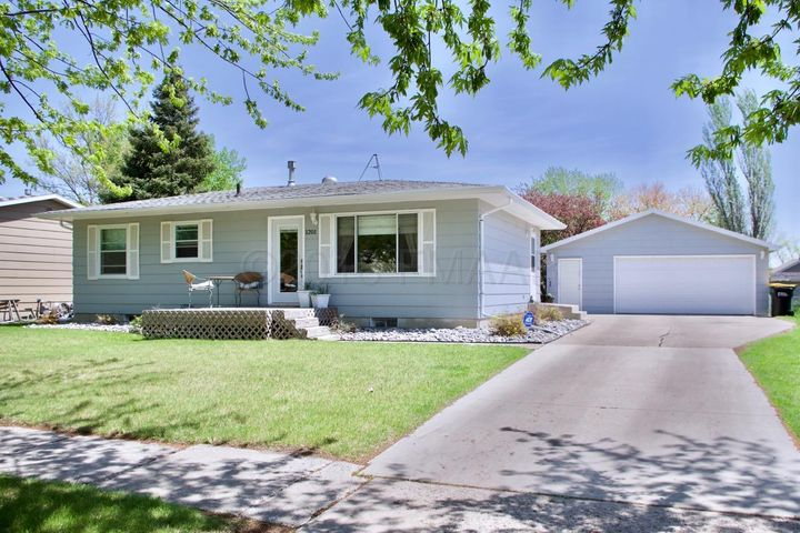 1201 2 Street W, West Fargo, ND 58078