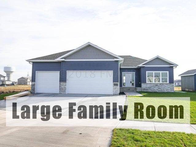 6554 21 Street S, Fargo, ND 58104