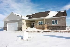 210 16TH Street N, Breckenridge, MN 56520