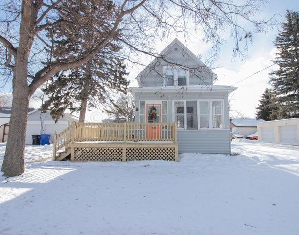 10 7 Avenue N, Fargo, ND 58102