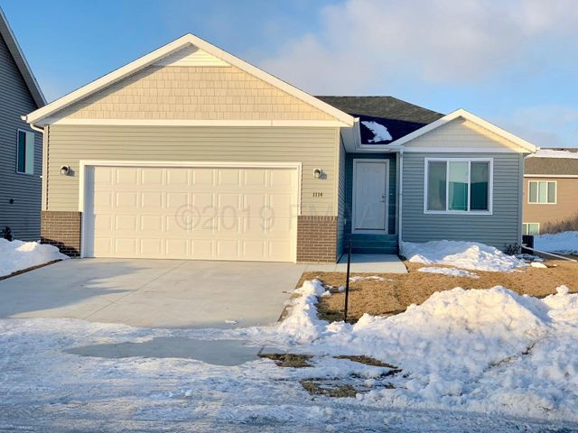 Welcome home to 1114 46th Ave. S., Moorhead, MN