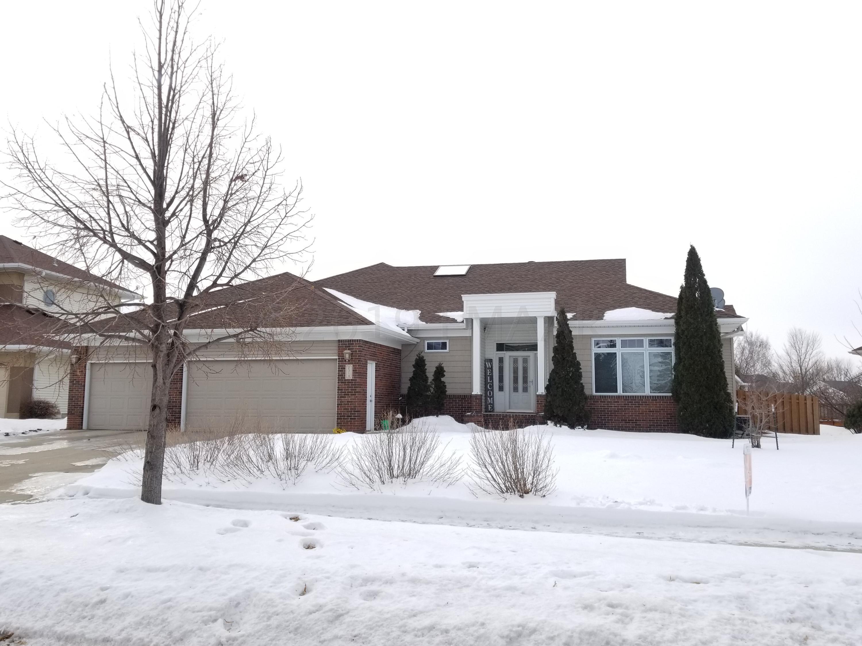 2314 ROSE CREEK Boulevard S, Fargo, ND 58104
