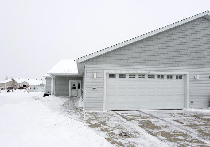 1065 PARKWAY Drive, West Fargo, ND 58078