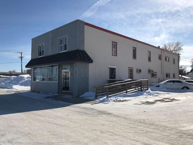123 MAIN Avenue E, West Fargo, ND 58078