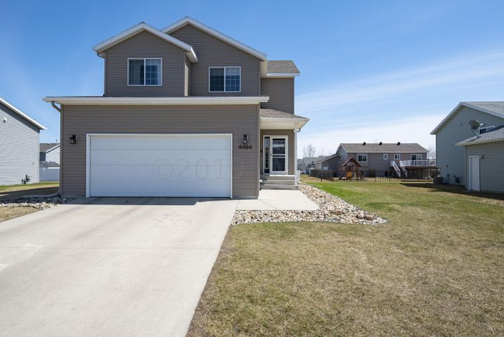 Welcome Home to 4484 49th St. S., Fargo!