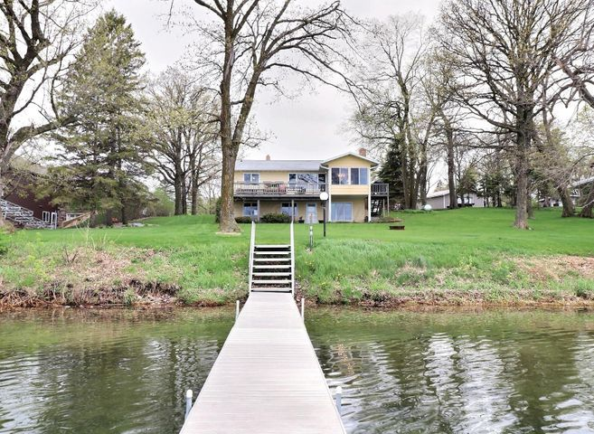 25875 OAKLAND BEACH Lane, Detroit Lakes, MN 56501