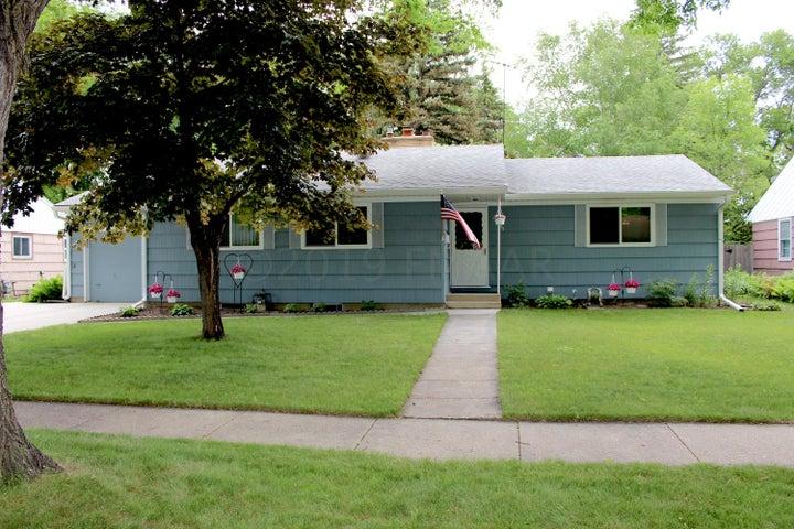 1349 9 Street N, Fargo, ND 58102