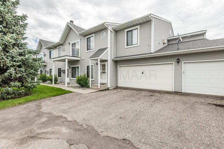 3319 15 Avenue S, Fargo, ND 58103