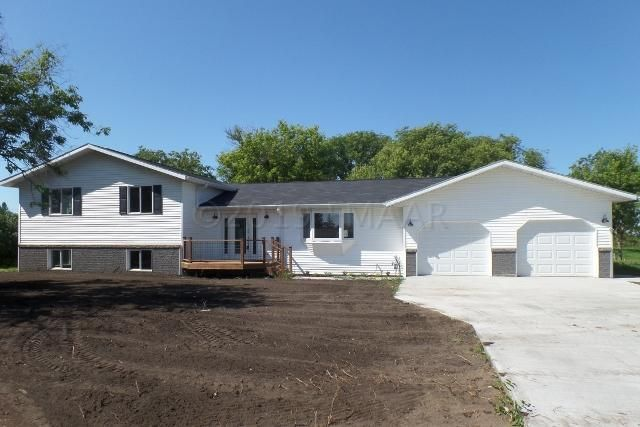 225 8TH Street NE, Perham, MN 56573