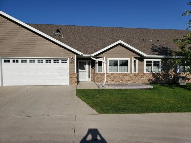 4646 44 Avenue S, Fargo, ND 58104
